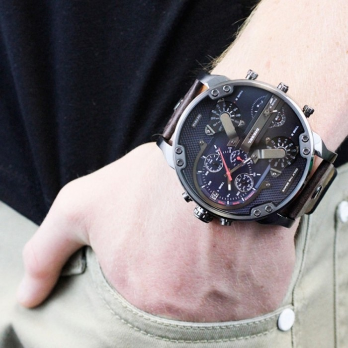 af35432c5 Diesel DZ7314 Men's Mr. Daddy 2.0 Chronograph 4 Time Zone XL Leather Watch
