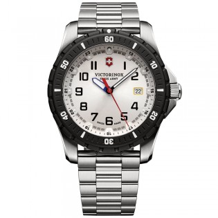 Victorinox Swiss Army 241677 Men's Maverick Sport Quartz Steel Watch