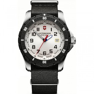 Victorinox Swiss Army 241676.1 Men's Maverick Sport Quartz Nylon Strap Watch